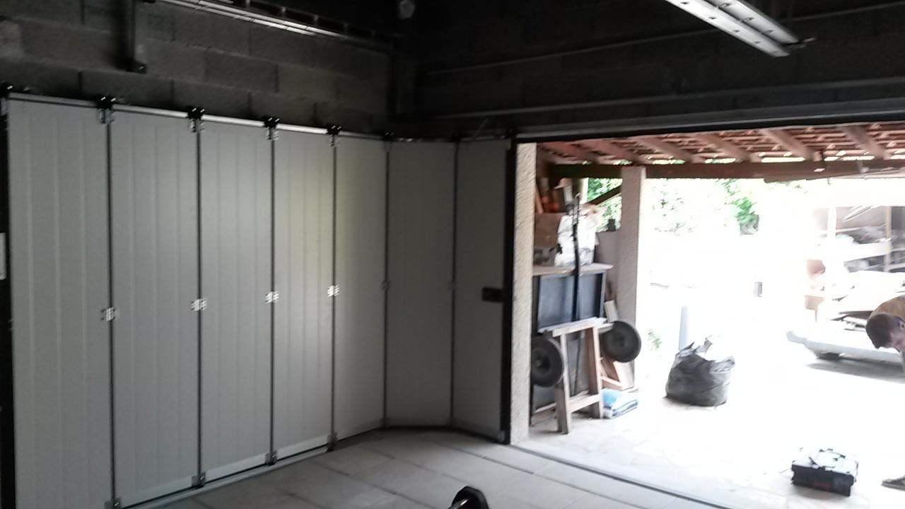 Portes de garages lunel sectionnelle coulissante for Domotique porte de garage